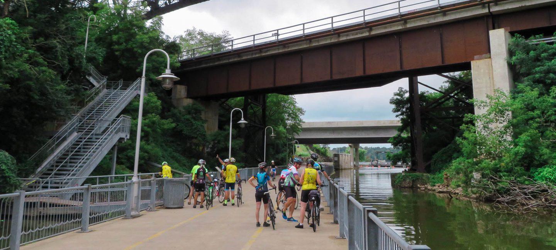 Hamilton Harbour-riders under 403